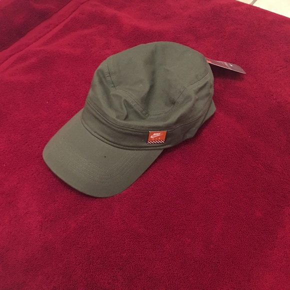 Nike Air Army Green Hat 1f1f39a247e7